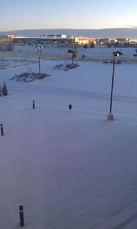 Hilton Garden Inn Colorado Springs Airport: Right after snowing most all night