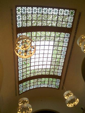 The Battle House Renaissance Mobile Hotel Spa Trellis Room Ceiling