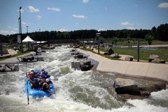 U.S. National Whitewater Center: Riding the waves!