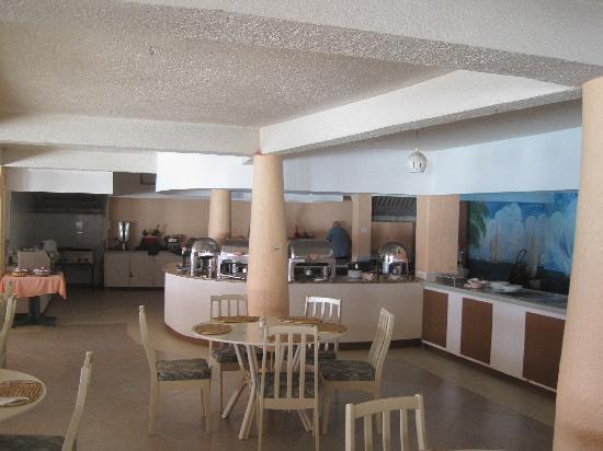 Barbados Beach Club: Meal area