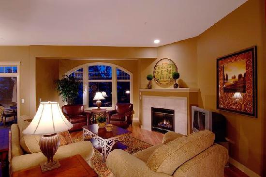 Bellasera: Villa Living Room