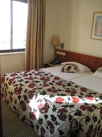 Lev Yerushalayim: bedroom