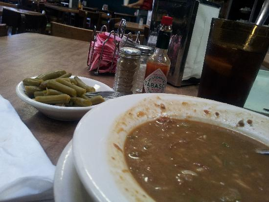 Victor's Cafeteria: gumbo at Victors