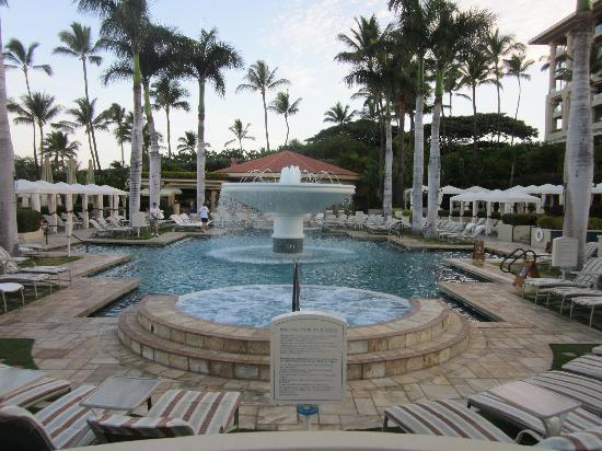 Four Seasons: Main Pool