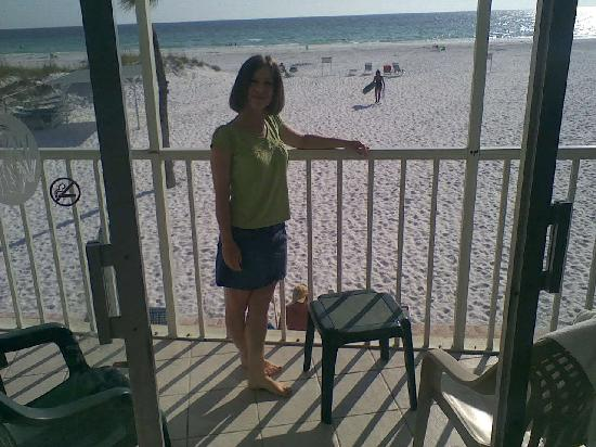 Crescent Tower Beachfront: Standing on the porch