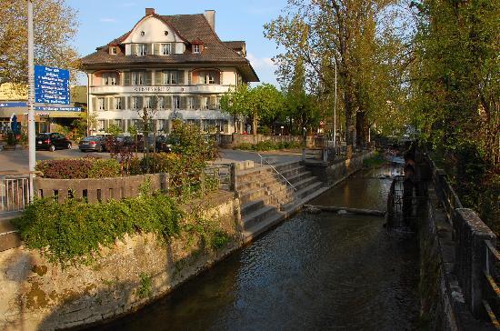 Hotel Weisses Kreuz: Front View