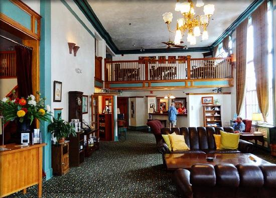 Hood River Hotel Or Lobby