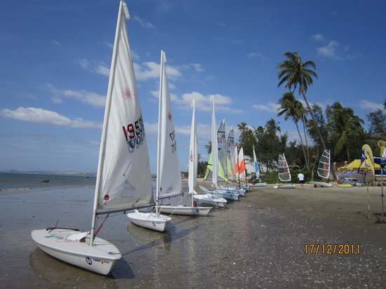 ‪MANTA Sail Training Centre‬