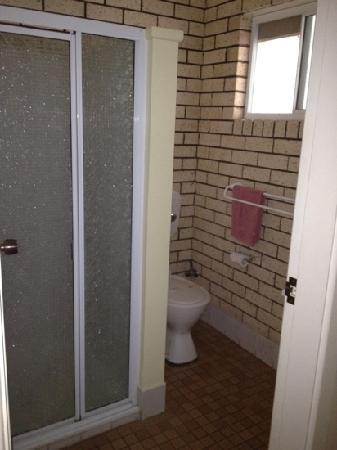 Alfa Motel: Bathroom