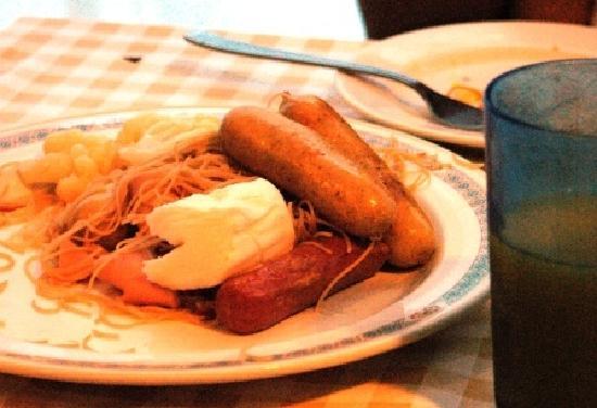 Hotel Royal at Queens: The breakfast menu