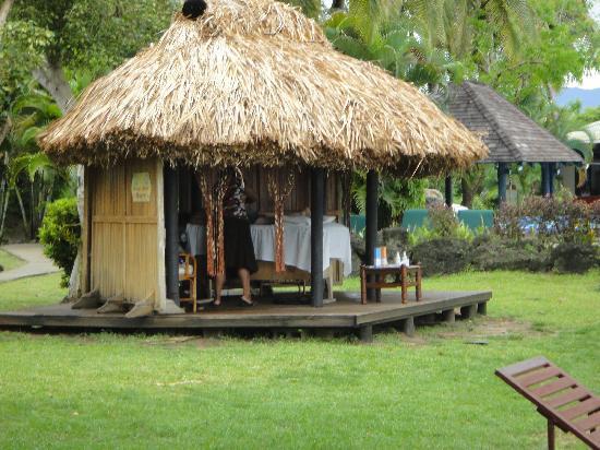 แองเคอเรจบีชรีสอร์ท: Massage Hut
