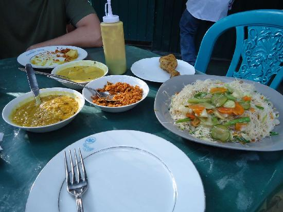 The Kandy Garden Cafe: all these cost less than 5 USD