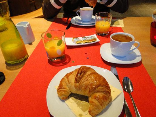 Le Grenier Des Aromes Au Domaine Wittmann: la colazione