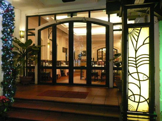 Song Ngu Seafood Restaurant: second floor