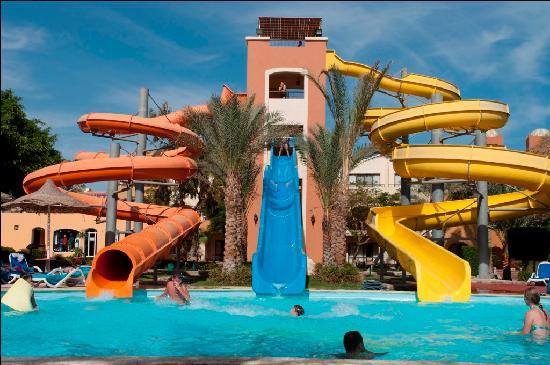 Nubian Village Hotel: горки