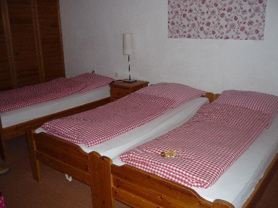 Hotel Restaurant Weinlaube: Bedroom