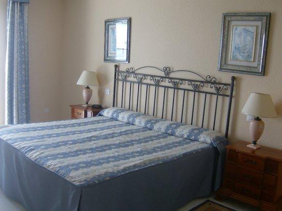 Miraflores Beach & Country Club: Bedroom at Playa