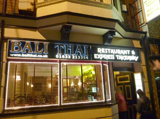 Bali Thai: Main front