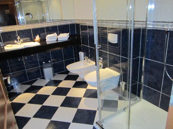 Hotel Molitors Mühle: badkamer