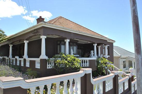 The Chocolate House: getlstd_property_photo