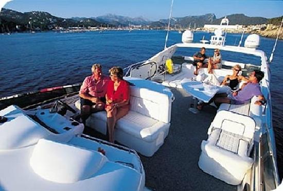 Atlantic Yacht Management Group: Sunseeker 74 Manhattan
