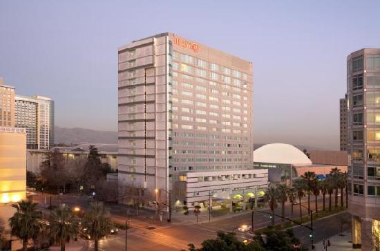 Hilton San Jose: Hotel Exterior