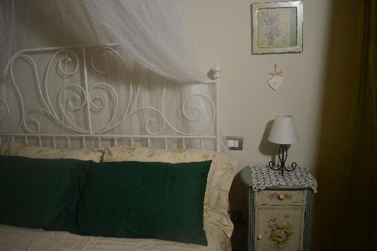 B&B Citta di Giulietta: stanza con balcone