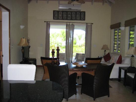 Meads Bay Beach Villas: Villa lounge area