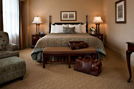 The Saint Paul Hotel: Deluxe King