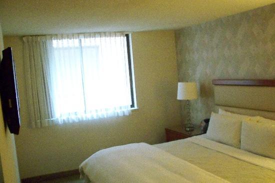 Georgetown Suites: Schlafzimmer