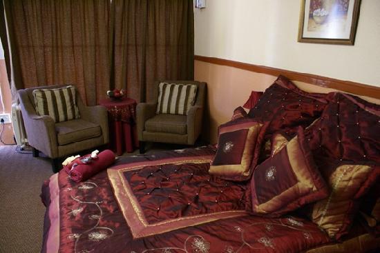 Airport Inn B&B : Luxury / Honeymoon suite