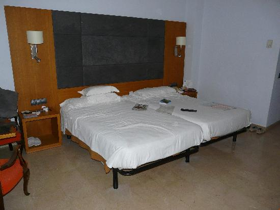 Hotel Mirador: Bedroom-1