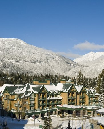Pinnacle Hotel Whistler: Welcome to the Pinnacle Hotel in Whistler