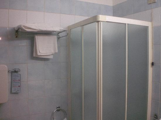 Hotel Concorde Fiera: bagno doccia