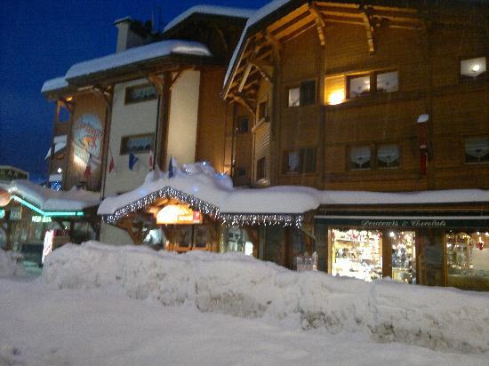 Le Nagano : Main entrance