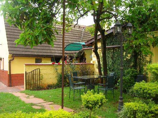 Godial's Bed & Breakfast: Godial`s B & B