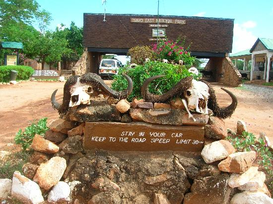 Godial's Bed & Breakfast: Tsavo East