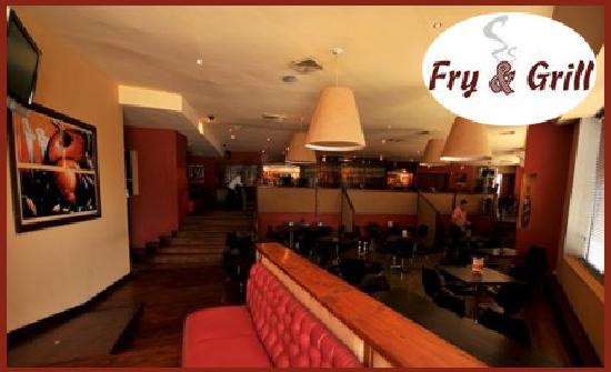 Fry and Grill: Unas de las Areas.