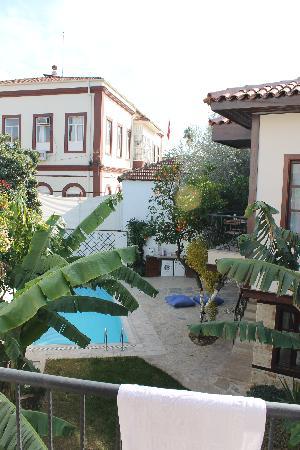 The Suite Apart Hotel: Garden