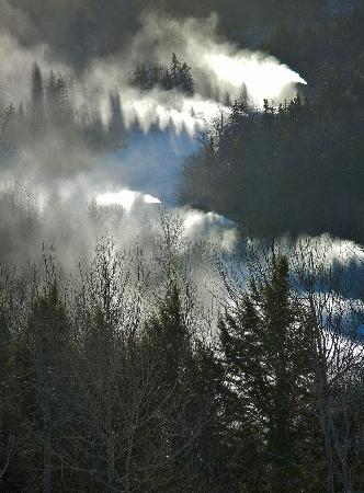Sunday River Ski Resort: Best snowmaking - most terrain open in the East