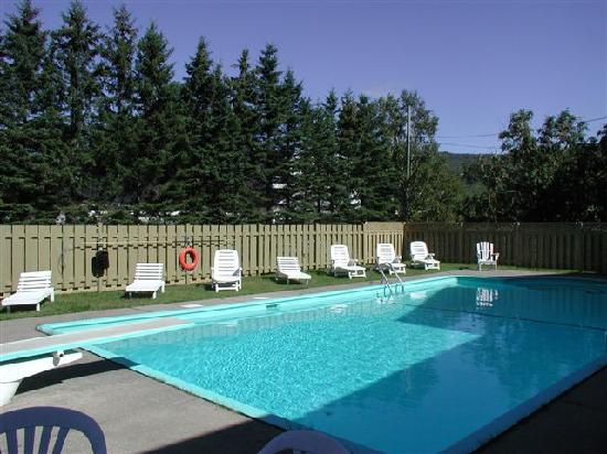 Piscine picture of le domaine belle plage baie st paul for Auberge maison otis baie st paul
