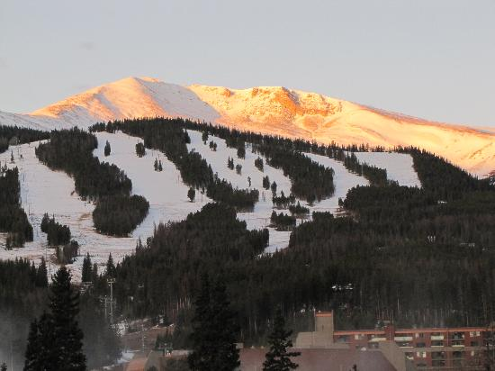 Marriott's Mountain Valley Lodge at Breckenridge: View from our room!