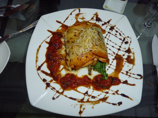 Restaurant La Concepcion: White fish wrapped in filodough with salad, tomato sauce and balsamic vinegar (can't remember wh