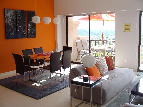 Jaco Bay Resort Condominium: dining room