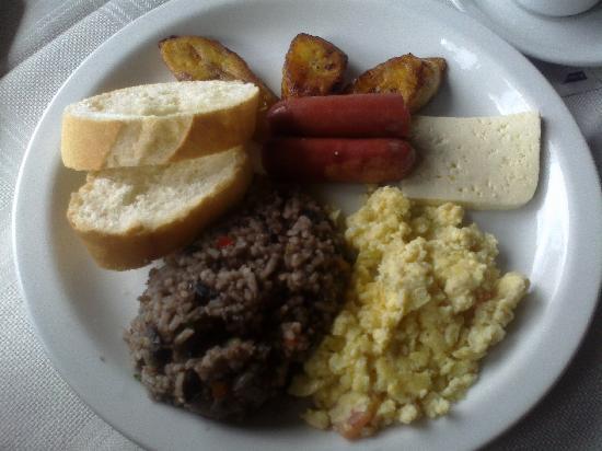 Hotel el Portico: El desayuno