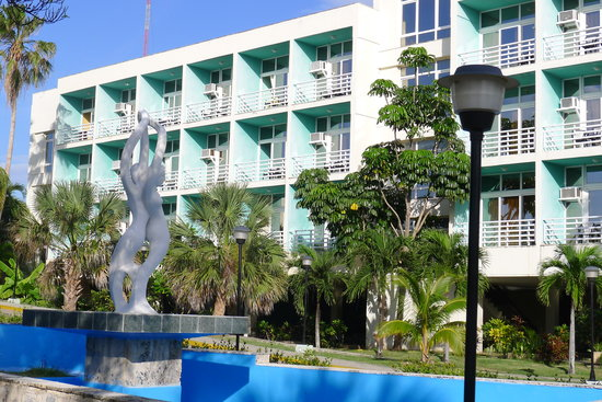 Gran Caribe Club Atlantico : Every room has a private balcony.  Rooms are neat but spartanly furnished.  no flat-screen TVs.