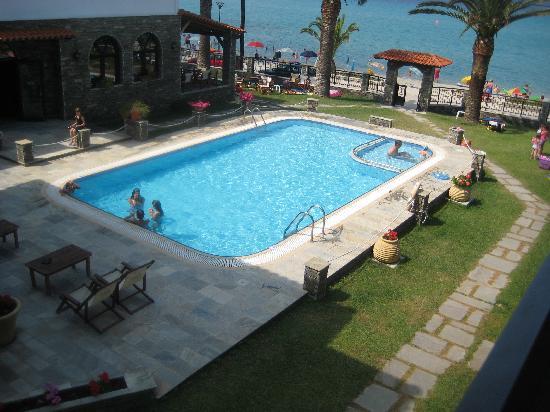 Hotel Fanis : view towards sea