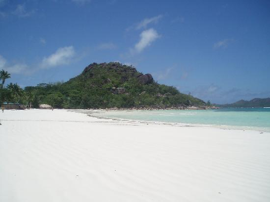 Le Duc de Praslin: the beach