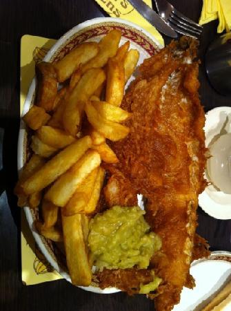 Bispham, UK : moby dick, chips n peas