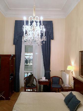 Hotel Ambassador: Hotel Room mit Balcony